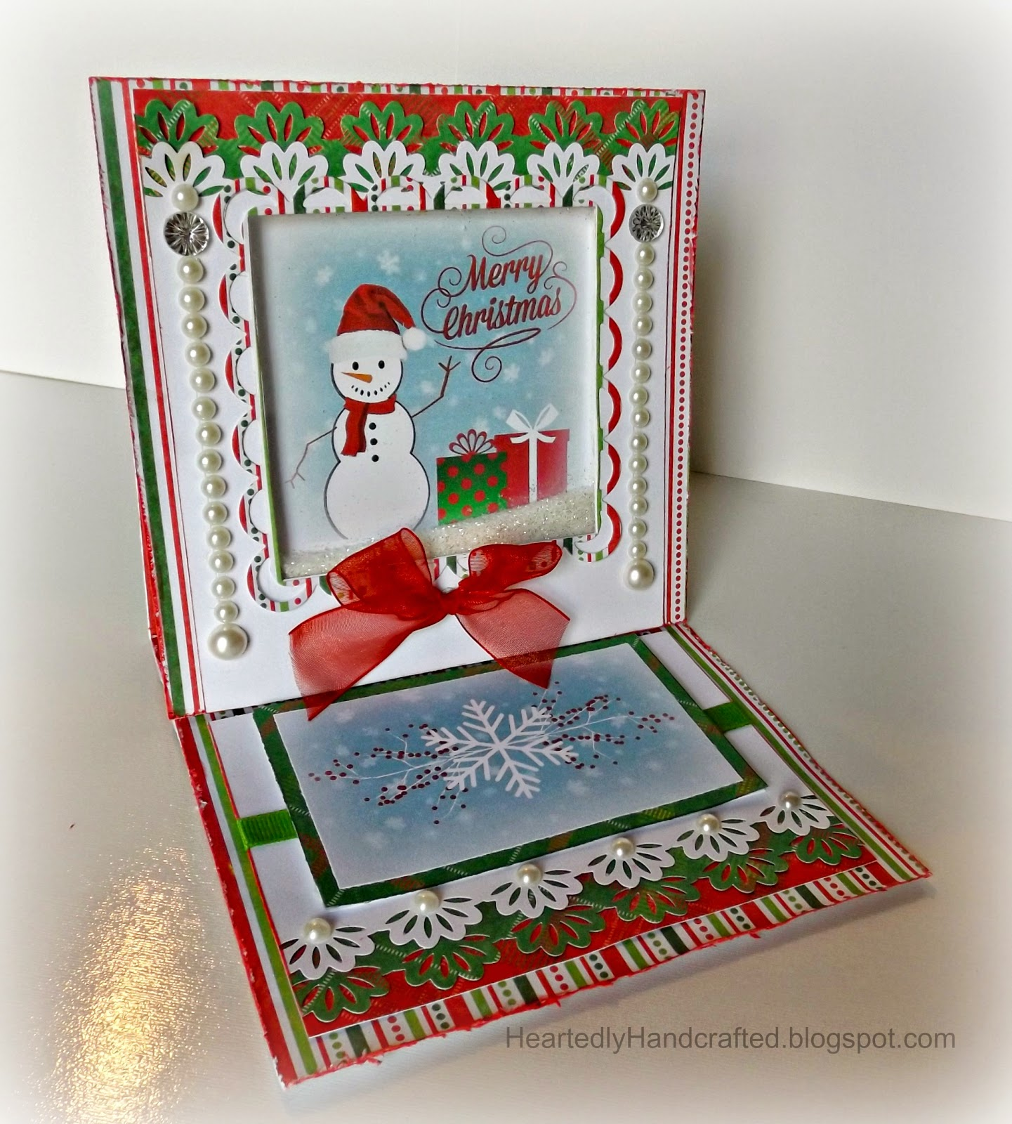 Shaker Easel Card with a Note: Merry Christmas