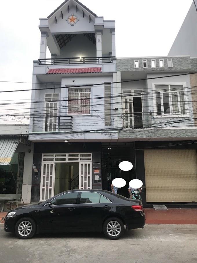 Cần bán căn nhà 2lầu 1trệt và 8 phòng trọ ở KDC Việt Sing, Thuận An, Bình Dương.