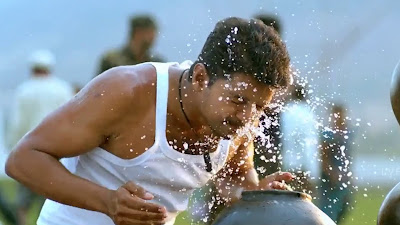 Vijay Action HD Picture Of Mersal Movie