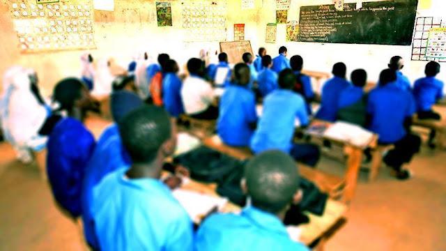 Ratusan Masa Anti-Muslim Tutup Paksa 2 Sekolah Islam di Yangon Myanmar