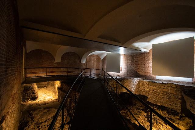 Lost Wawel-Castello di Wawel-Cracovia