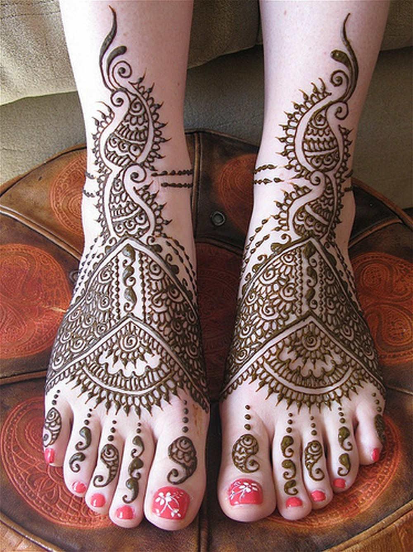 Foot Henna Designs: Latest Bridal Mehndi Feet 2013