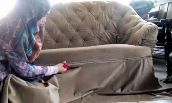 Kerana HIDUP Susah.. Beli Sofa 2nd Hand.. Tetapi Apa Yang TERKANDUNG Dalam Sofa Tu SANGAT MENGEJUTKAN!! Jom TENGOK.. Anda TENTU Susah Nak PERCAYA!!