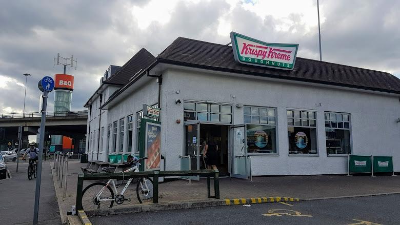 甜甜圈工廠 Krispy Kreme