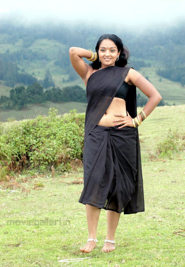 Actress in Roobika Saree photos