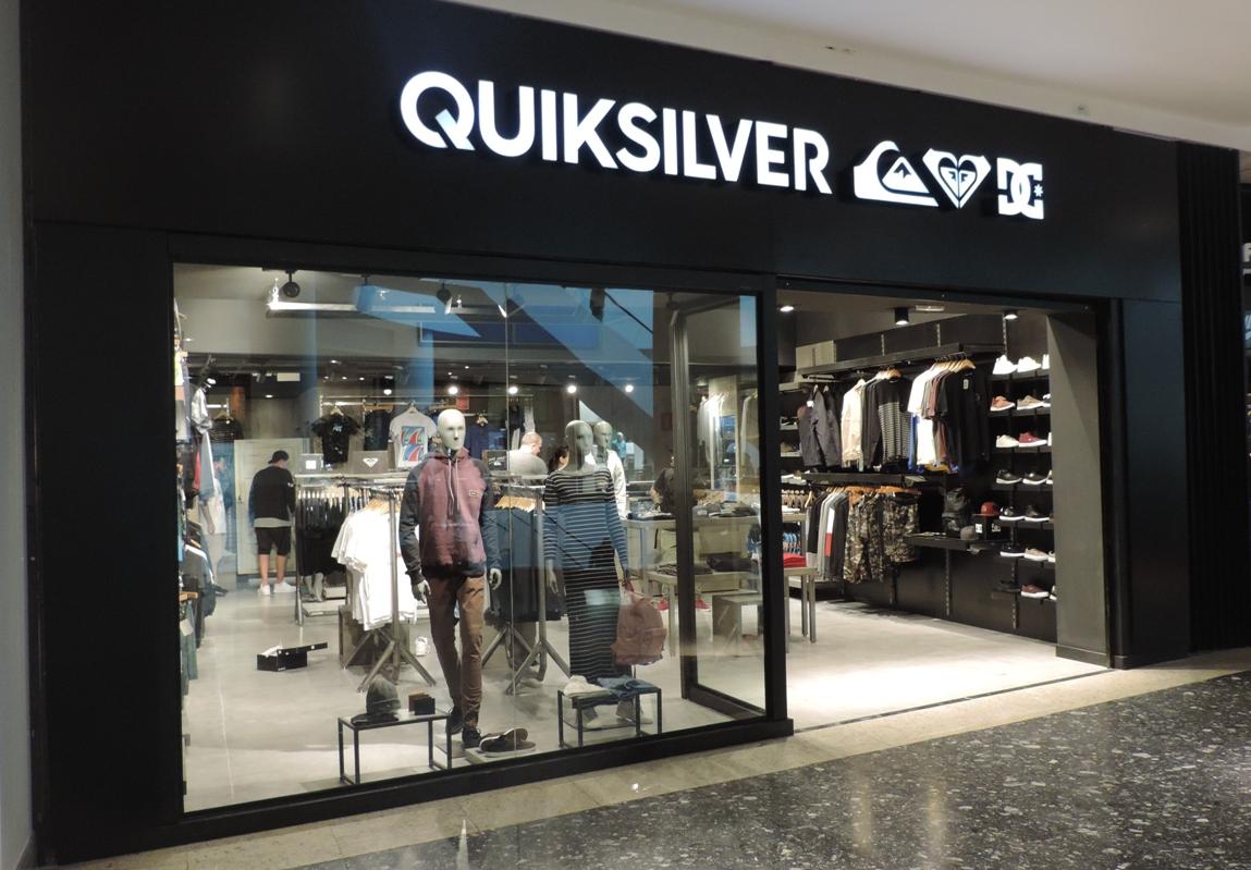 No segmento masculino as novidades são a chegada da marca australiana  Quicksilver fe83feb305c