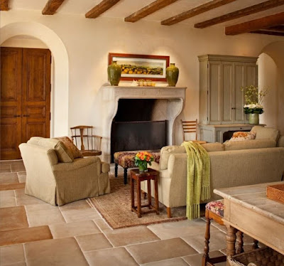 Mediterranean Style Living Room - Natural Materials