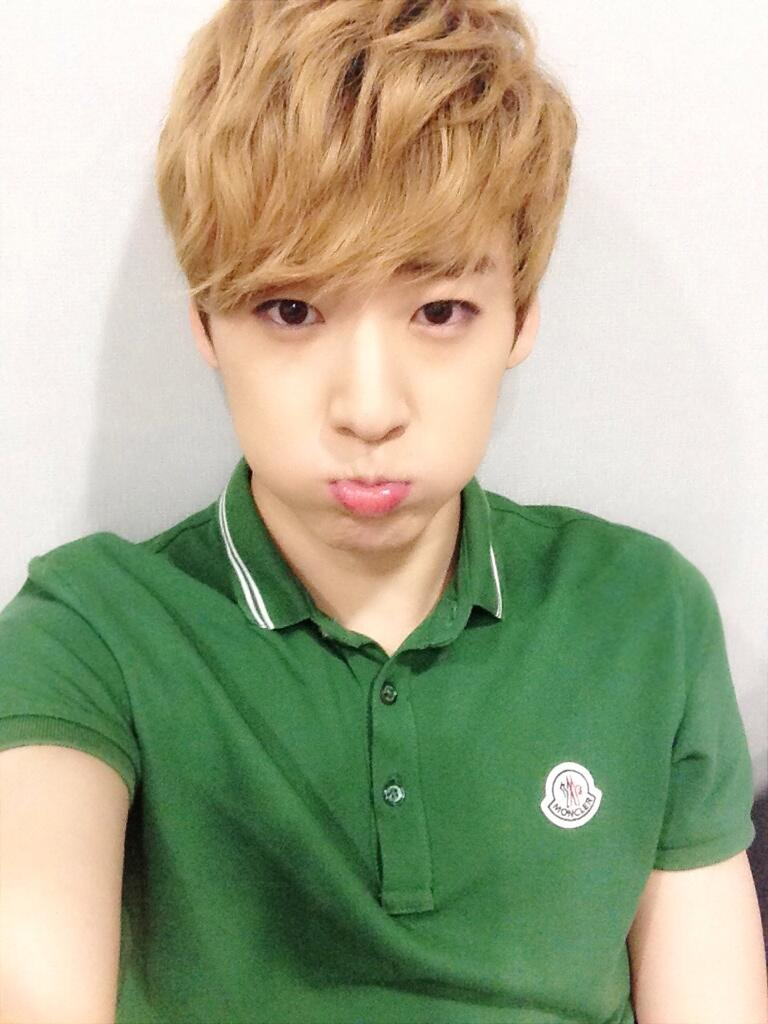 U-KISS KEVIN: UKiss Ke...
