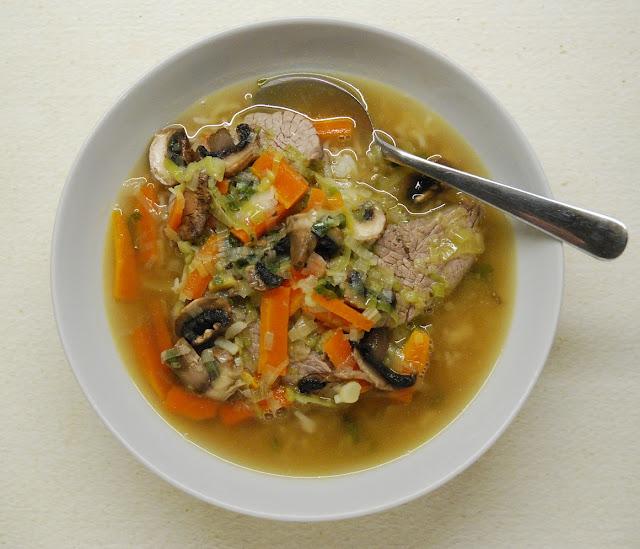 Soupe de boeuf coréenne