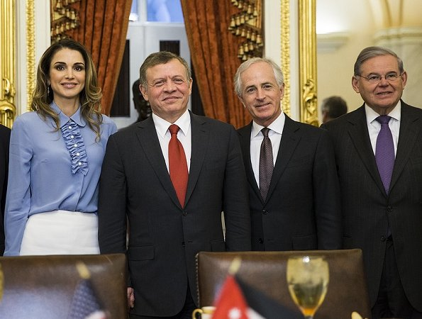 King Abdullah and Queen Rania meet with members of the Senate Foreign Relations Committee