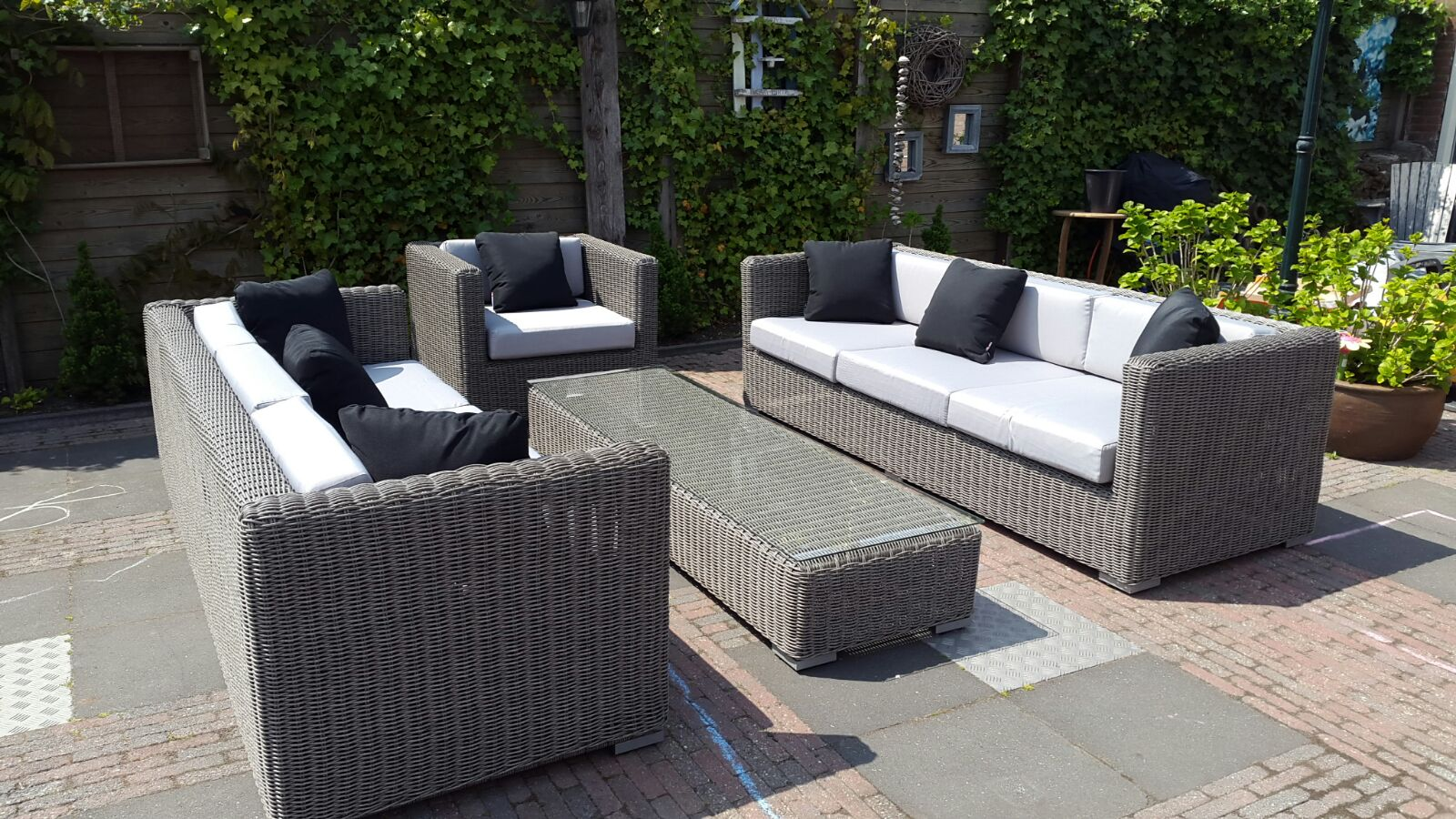 Lounge hoekbank wicker arbrini design tuinmeubelen arbrini wicker loungeset riet grijs - Sofa vlechtwerk ...