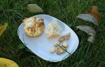 Hawaii Muffins mit Ananas, Macadamianüssen und Kokos (Hawaiian Muffins)