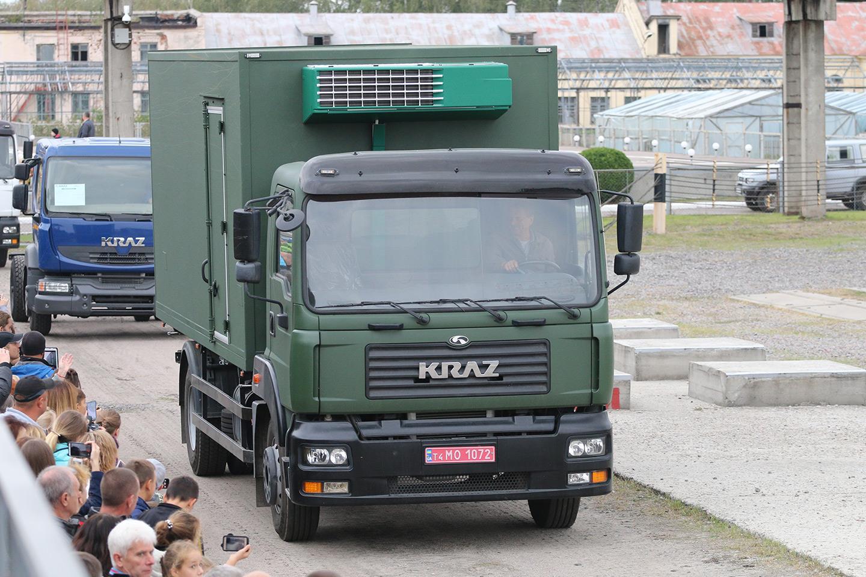 військовий рефрижератор на шасі КрАЗ-5401Н2 (4х2)