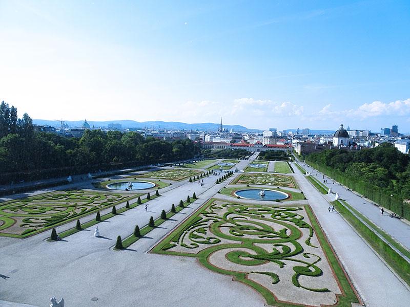 Wien_Vienna_Daytrip_Travel_Guide-Belvedere-Garden