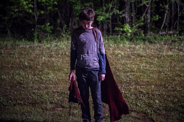 """Trailer estendido de """"Brightburn: Filho das Trevas"""" apresenta uma história de terror sobre super-herói"""