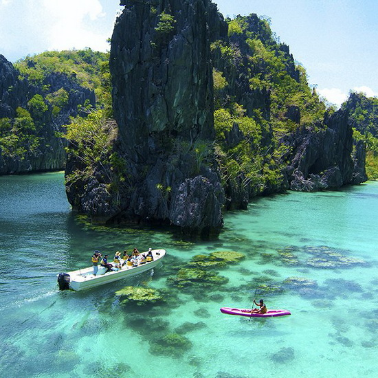 Philippines Beach: Perfect Beaches And Lakes With Crystal Clear Water