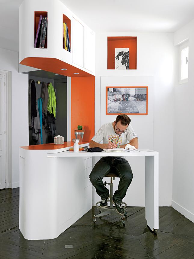 die wohngalerie leben im comic stil ein umwerfender umbau im pariser zentrum. Black Bedroom Furniture Sets. Home Design Ideas