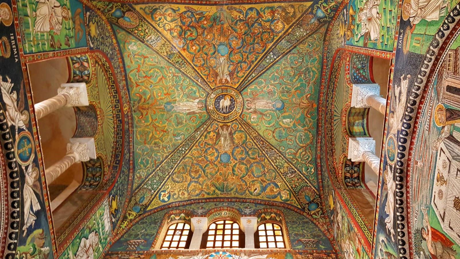 Basílica de San Vitale em Ravenna, Itália.