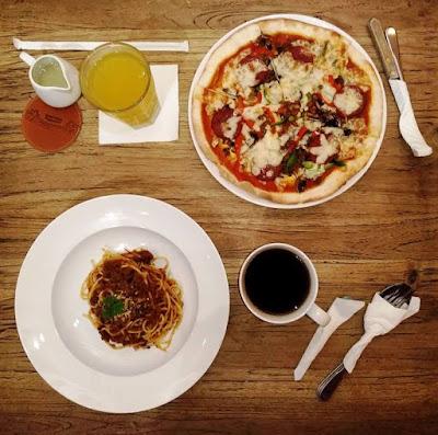 menu di nanamia pizzeria