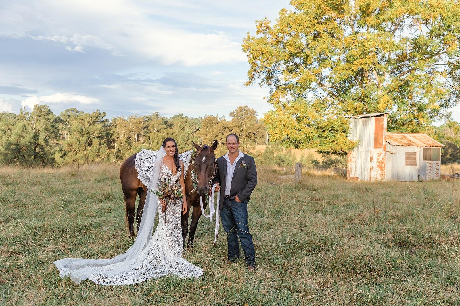 DENIS BANKS PHOTOGRAPHY COUNTRY BOHO WEDDINGS