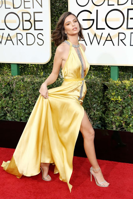 Emily Ratajkowski – 74th Annual Golden Globe Awards