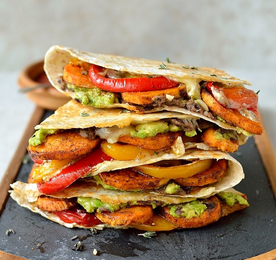 Loaded Veggie Quesadillas #familyrecipes #foods #vegetarian #vegan #yummy
