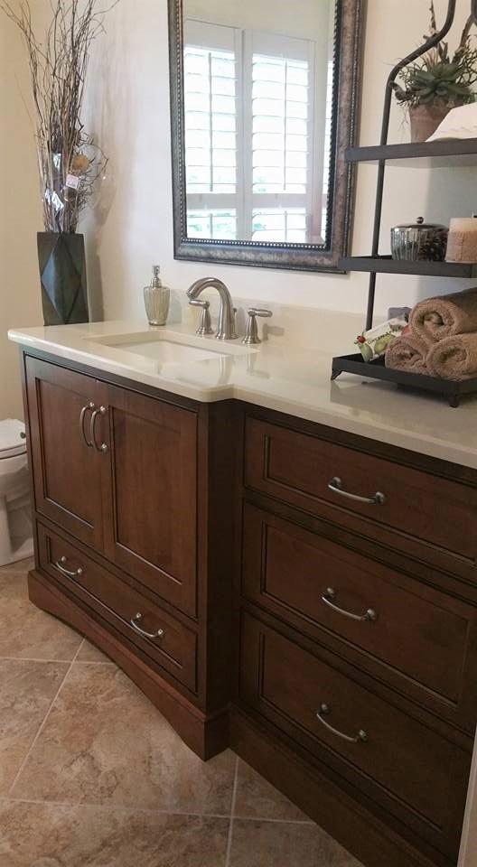 Cabinet cottage kitchen and bath studio serving stuart for Acorn kitchen cabinets