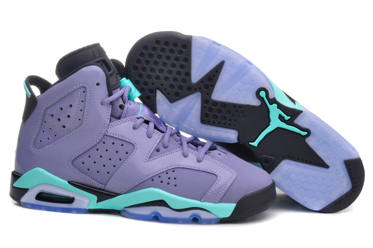 1b5bdf508d7eb8 I went to Foot Locker this weekend and looked at some Jordan s that I  wanted to buy. I saw the air Jordan 7 R