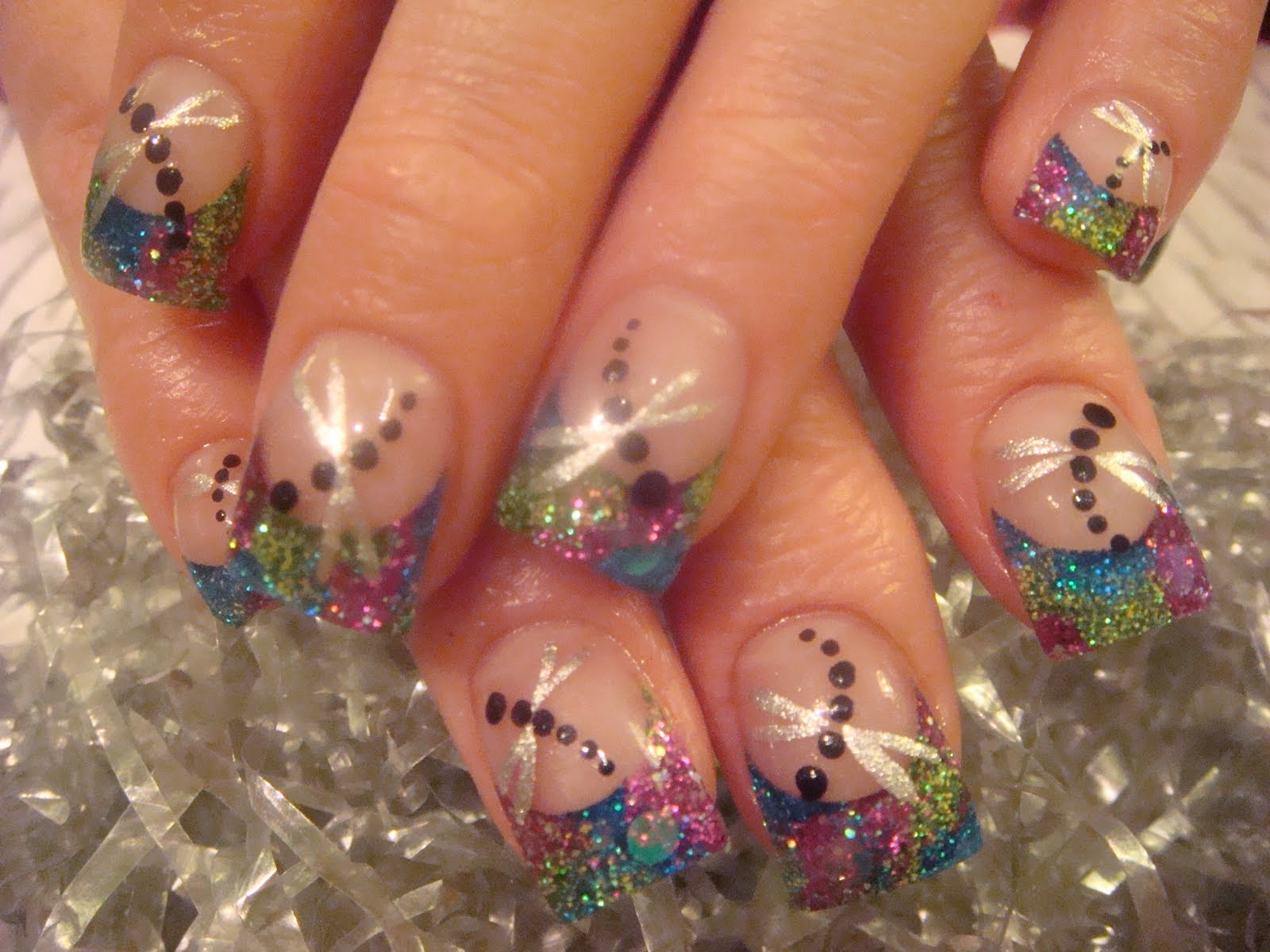 Nail Art Happy Nails