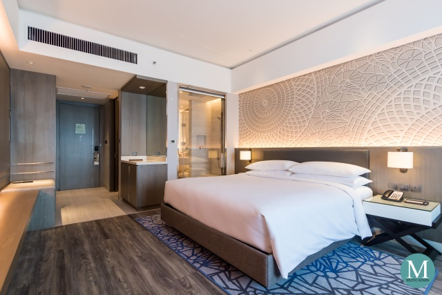 Deluxe Room of Clark Marriott Hotel