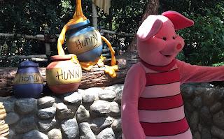 Piglet Disney Parks