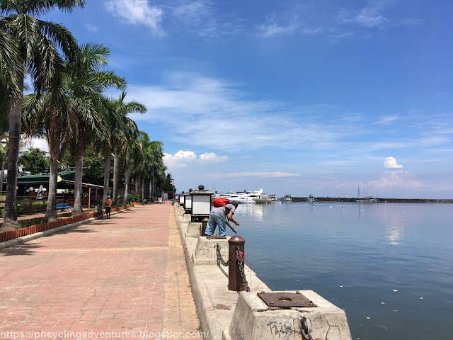 Manila Bay Fishing
