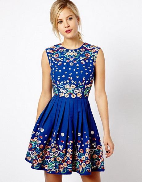 vestido casual con flores
