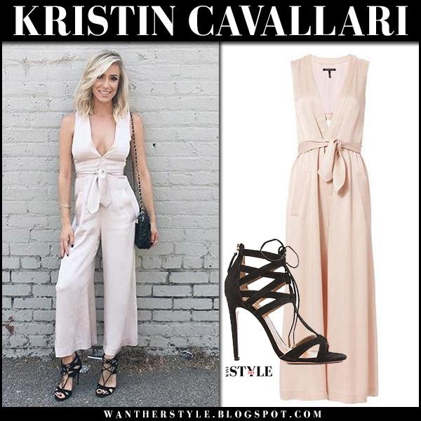 Kristin Cavallari in pale pink jumpsuit and black sandals aquazzura august 29 2017