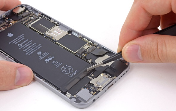 Apple is rumored to be launching an iPhone 6 battery exchange program same like battery replace program for iPhone 6S in November. Many iPhone 6S users were experienced an unexpected shutdowns