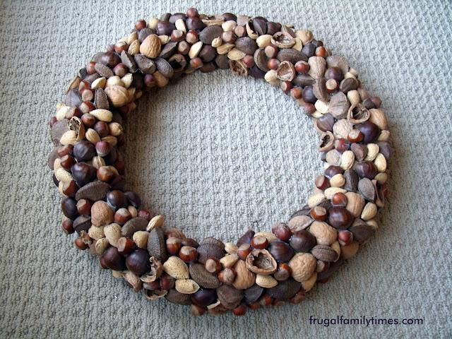 easy nut wreath