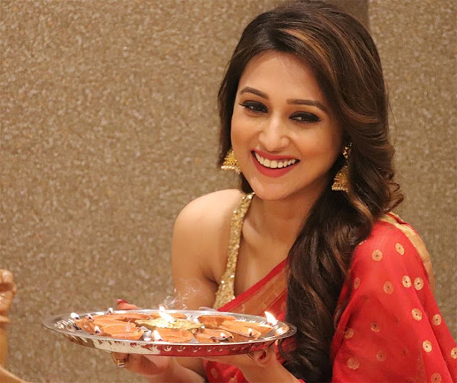 Mimi Chakraborty In Diwali