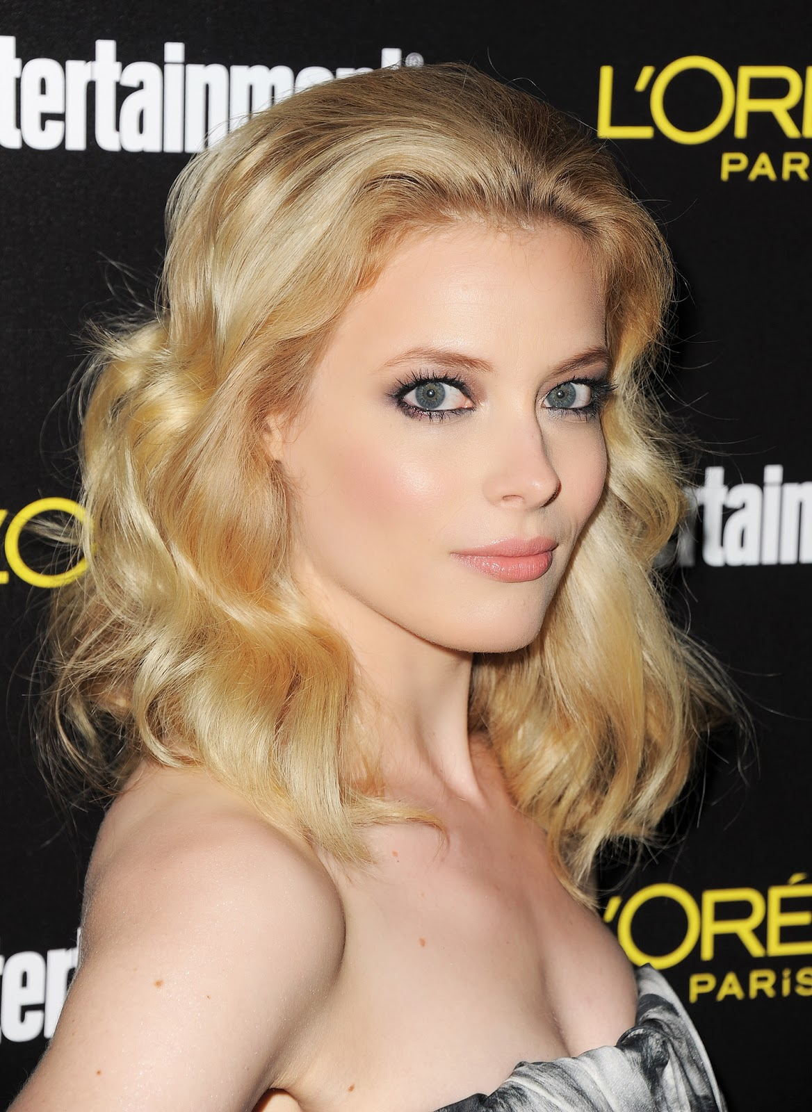 Gillian Jacobs Summary  Film Actresses-7612