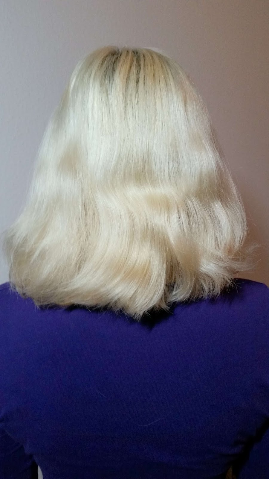 Haare Zuhause Blondieren Kuhles Aschblond Mit Poly Palette