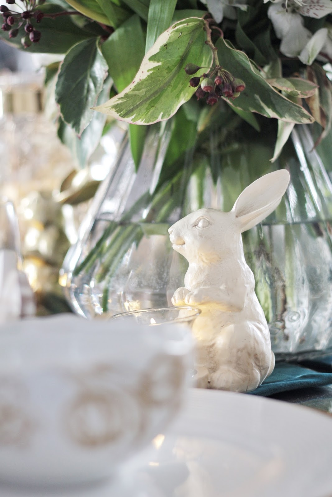 Easy and Elegant Easter Table