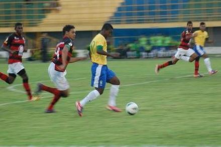 O Vitória não tomou conhecimento da seleção sub-17 do Brasil e com uma  espetacular virada 76db70cdee635