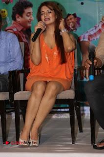 Actress Saloni Aswani Pos in Short Dress at Meelo Evaru Koteeswarudu Movie Interview  0269.JPG
