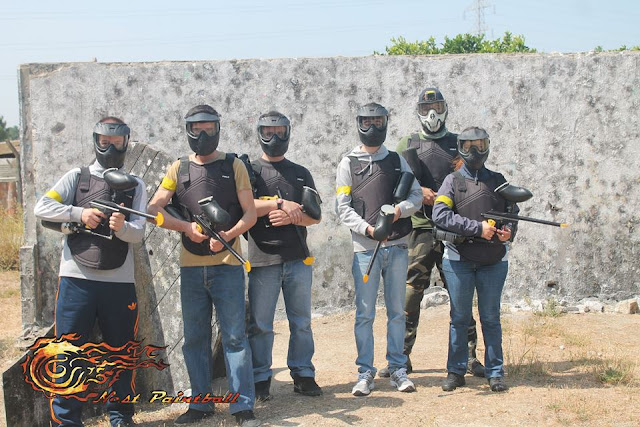 Paintball, blogue de casal, ela e ele ele e ela, blogue generalista, blogue português, portugal, actividades radicais, tiros, desporto, nest paintball