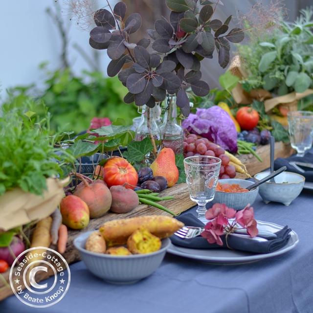 Lenny Kravitz Tischdeko Sommer mit Obst und Gemüse