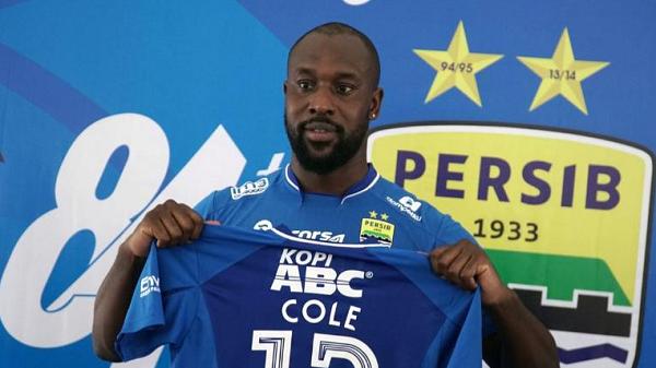 Djanur: Persib Bandung akan Lepas Carlton Cole di Putaran Kedua