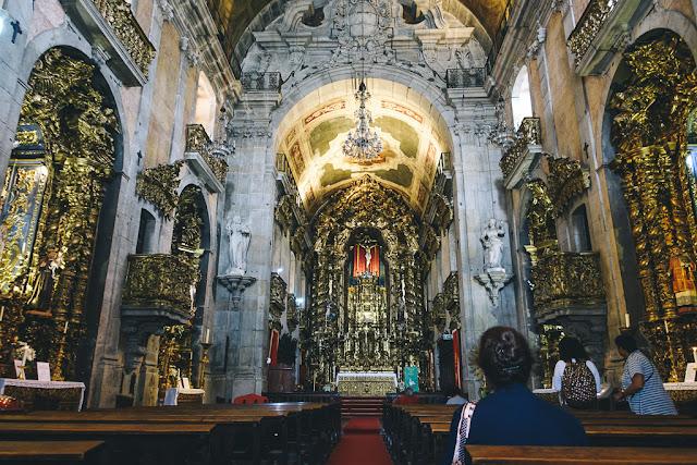 カルモ教会(Igreja do Carmo)の内部