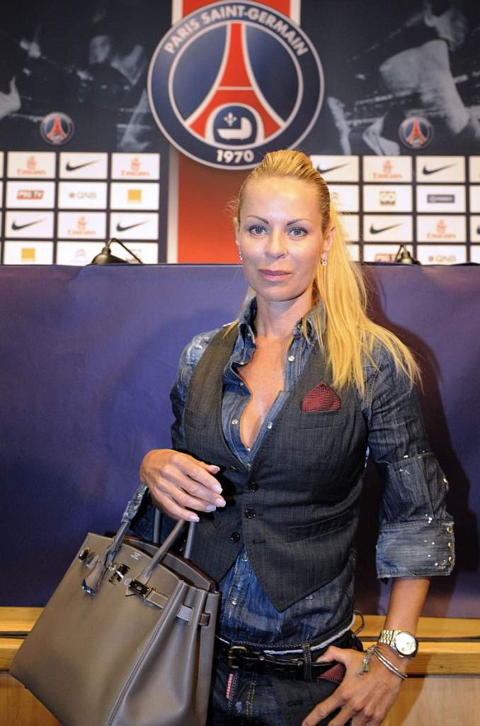 First, consider the pros and cons of retir. Zlatan Ibrahimovic's WAG Helena Seger - Hotgirl And Football