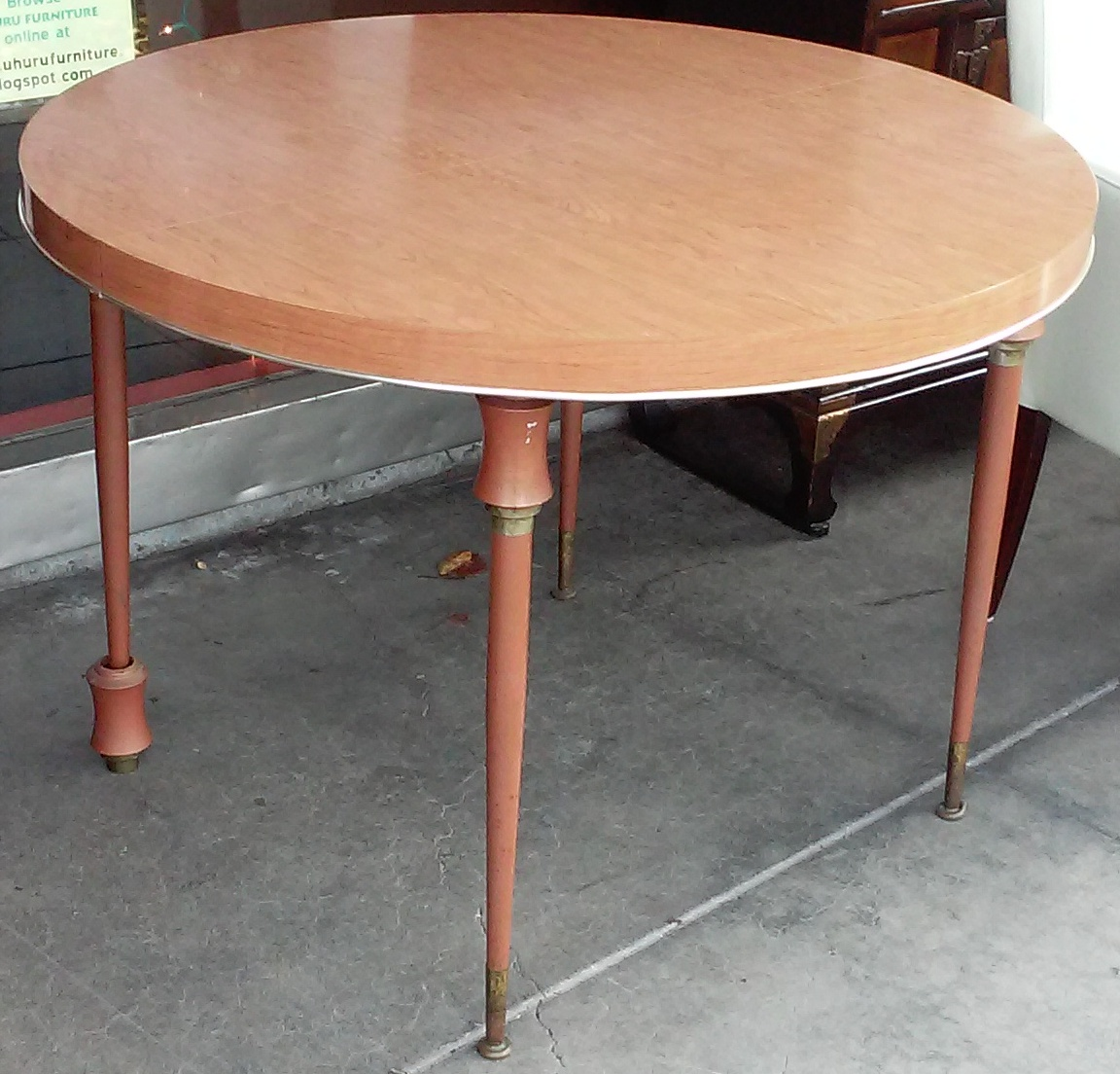 Uhuru furniture collectibles sold vintage formica for Table formica