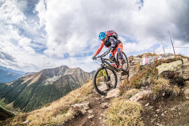Abfahrt vom Gipfel Kleingitsch Brixen Mountainbike