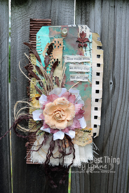 UmWowStudio Tag ~ Delight by Lynne Forsythe